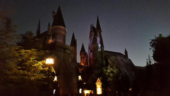 hogwarts-after-dark